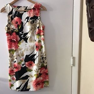 Connected dress for ladies